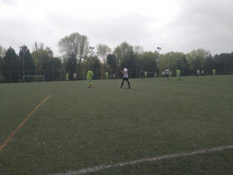 Partido de fútbol en Rivas. MANUEL RORÍGUEZ