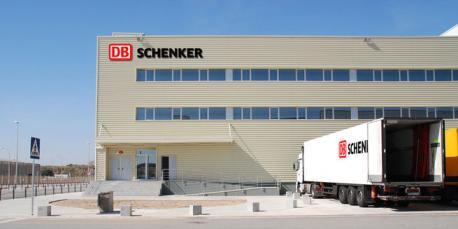 Nave de Db Schenker en Vicálvaro