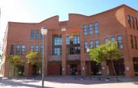 Centro Cultural Margarita Nelken, biblioteca municipal Coslada