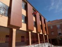 Fachada del Centro Social Vicálvaro, entrada al Centro.