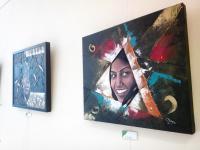 Pinturas collage en la exposición de Valdebernardo