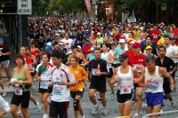 Grupo de personas practicando running