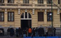 Reporteros frenta a la casa de Bárcenas