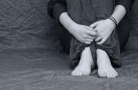 acoso escolar pies niña
