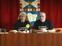 Dos trabajadores del ayuntamiento del Leganés en rueda de prensa